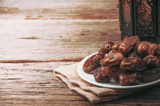 تامین خرمای سایر کشور ها در ماه رمضان